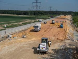 DOPRAVNÍ INFO: Opravy jihočeských silnic jsou v plném proudu. Je třeba počítat s uzavírkami