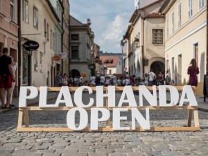VIDEO: Budějcké ulice oživili pouliční umělci