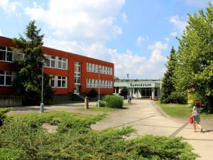Strakoničtí gymnazisté se matiky a fyziky nebojí, dopočítali se až ke200 tisícům korun na učebnu