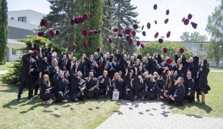 Českobudějovická Technika má letos téměř pět set nových absolventů