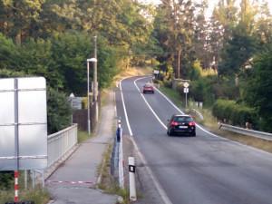 Silnice do Strážkovic je už opravená a průjezdná