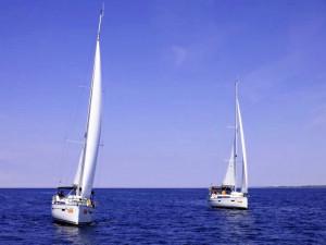 Díky kondičním plavbám sKWS si každý kapitán dokonale osvojí základní manévry s plachetnicí