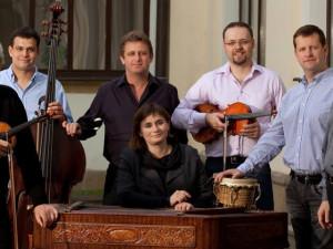 KULTURNÍ TIPY: Oslavte hudbu s Emou Destinnovou i Hradišťanem