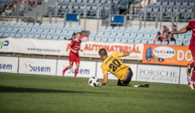 SPORTOVNÍ TAHÁK: Dynamo zaútočí na páté domácí vítězství. Proti budou Vítkovice