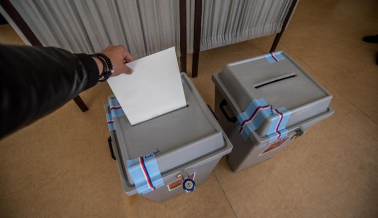 VOLBY 2018: První volební den je u konce. Účast podle některých komisí není vysoká