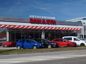 Koupě ojetého vozu nemusí být špatnou volbou, důležité je vybírat kvalitní auta