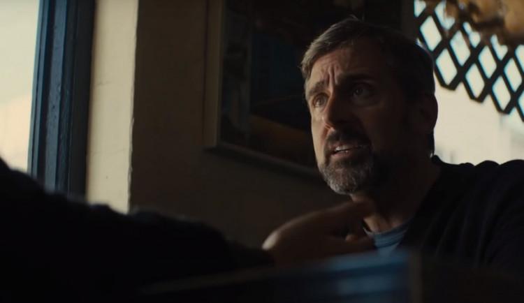 TRAILER TÝDNE: Steve Carell si místo komediální postavy střihne roli starostlivého otce