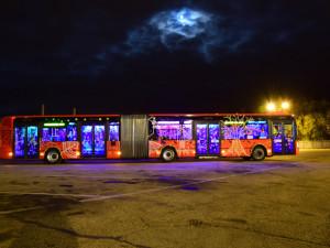 Budějovicemi projede halloweenský autobus. Nejlepší maska vyhraje tablet