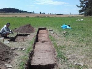 Archeologové zatím nenašli v Letech hromadné hroby Romů