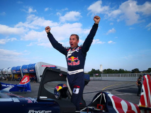 Jihočeský pilot Martin Šonka veze z Texasu titul mistra světa