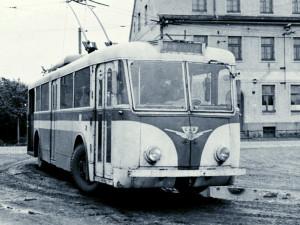DRBNA HISTORIČKA: Zmizely historické trolejbusy, třeba hřbitovní nebo včelín