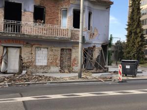 Budova bývalého kabaretu v Budějcích má být zbourána. Stavební úřad jedná s majitelem