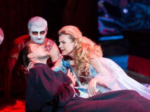 SOUTĚŽ: V Budvar aréně vystřídá hokejisty Dracula