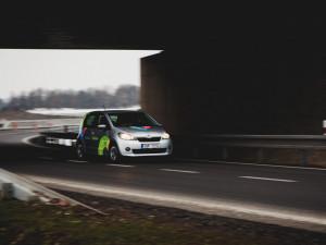 Ulice Budějc křižují sdílená auta. Za málo peněz hodně muziky