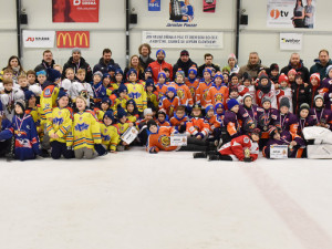 V Pouzarovi se utkaly mladé hokejové naděje. Medaile braly zahraniční týmy