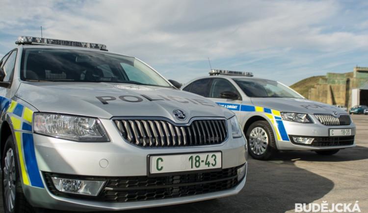 Volyňští policisté zachránili život muži, použili defibrilátor a poskytli mu masáž srdce