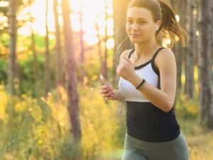 Novoroční předsevzetí se nejčastěji týkají zhubnutí a sportování