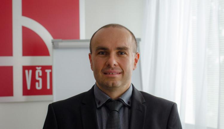 Rektor VŠTE Marek Vochozka byl jmenován profesorem. Je to završení jedné etapy života, říká