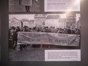 """Byl čin Jana Palacha a dalších ,,pochodní"""" hrdinský nebo šlo jen o demonstraci, která skončila smrtí?"""
