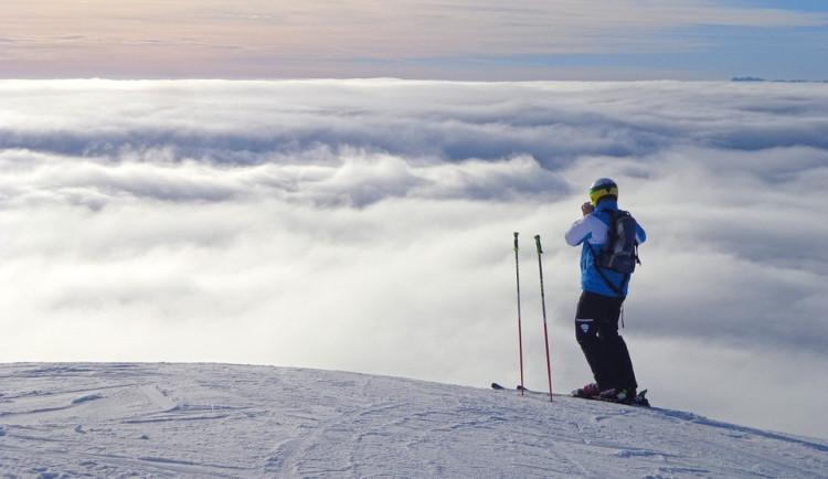 Hochficht je připravený na prázdninový nápor a na Sternsteinu budou jedničkáři lyžovat zadarmo