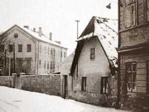 DRBNA HISTORIČKA: Zima ve Staroměstské