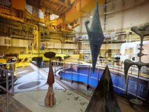 Petr Fridrich propojuje svět umění a techniky. Jeho sochy mohou lidé vidět v Temelíně