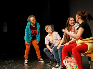 Kulturní tipy: Zajít můžete do divadla nebo na koncert