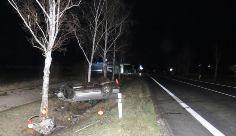 U Protivína se včera večer stala vážná dopravní nehoda. Na místě přistával vrtulník letecké záchranné služby