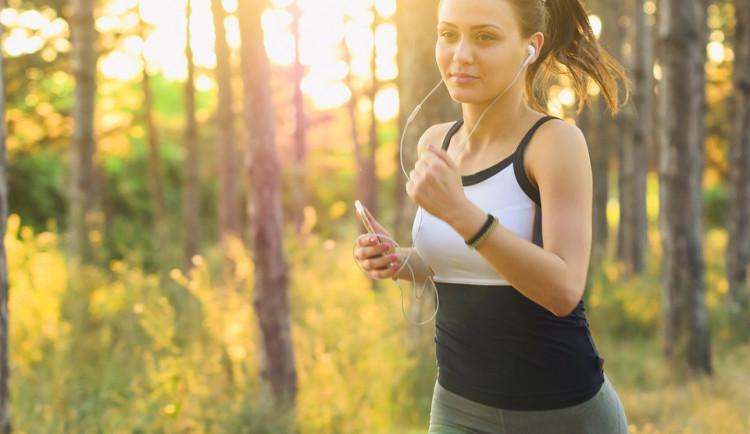 Strakonická textilka vyvíjí kalhotky s pásem cudnosti, má ochránit běžkyně