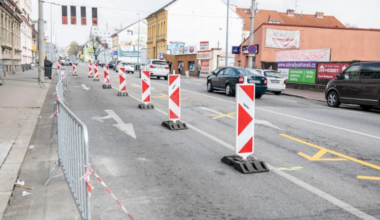 DOPRAVNÍ INFO: Jihočeské silnice čekají další opravy. Je třeba počítat s uzavírkami