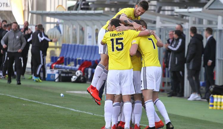 Dvanácté vítězství pro Dynamo v řadě znamená dvanáctibodový náskok na čele tabulky