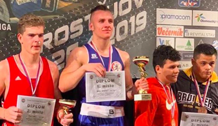 Šampioni se nevzdávají, říká po dalším titulu na Mistrovství ČR David Popovič, který nastoupil do finále i se zraněním