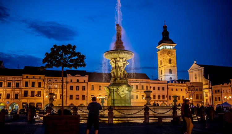 POLITICKÁ KORIDA: Co chtějí politici měnit v centru města? Auta, zeleň a nepořádek