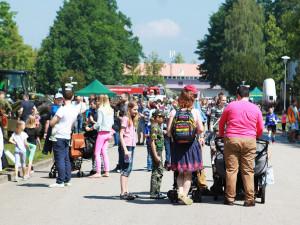 Dětský den můžete strávit na výstavišti s vojáky a Bambifestem