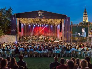 Mezinárodní hudební festival nabízí zvýhodněné vstupné pro seniory. Připraveny jsou i další benefity