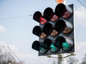 Tři budějcké křižovatky budou příští týden bez světel. Čeká je údržba