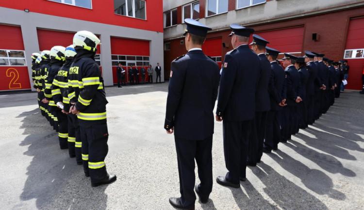 Táborští hasiči mají nové garáže, sklady a učebnu. Náklady byly dvacet čtyři milionů