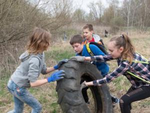 Zpřírody zmizelo během jara přes 17 tisíc pneumatik