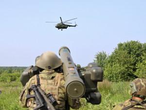 Strakoničtí vojáci na cvičení v Polsku odvraceli útoky letadel  a provedli manévr raketami