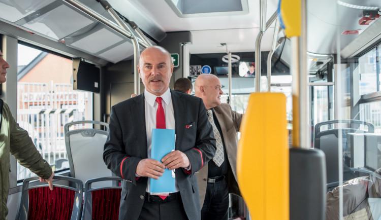 Novým náměstkem pro dopravu je mluvčí dopravního podniku Viktor Lavička
