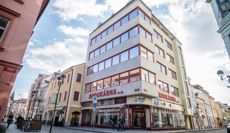 Brouk a Babka je kulturní památkou. Status získaly také vila v Blatné a dům ve Slavonicích