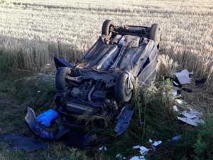FOTO/VIDEO: U Třeboně se stala tragická dopravní nehoda. Na místě zemřel sedmadvacetiletý řidič osobáku