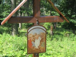Obec Stožec obnovuje křížovou cestu ke zdejší kapli