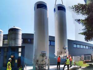 V úpravně vody Plav zprovoznili nové zásobníky oxidu uhličitého. Vyvolávají představu kosmické rakety