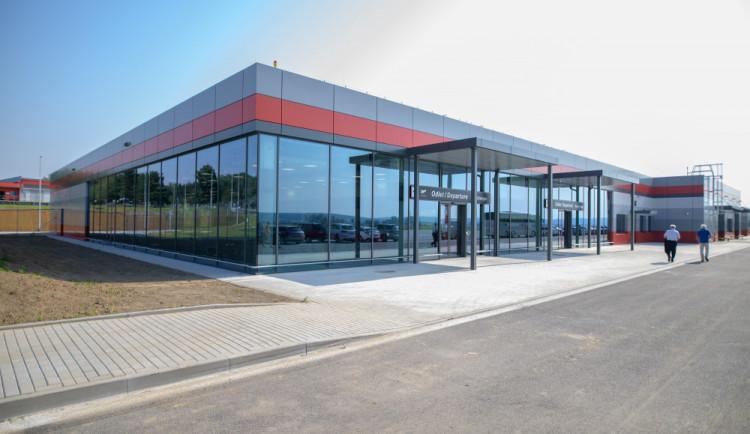 Jihočeský kraj vybuduje u letiště parkoviště pro stovku kamionů