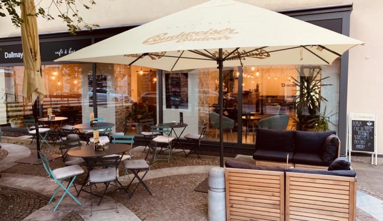 SOUTĚŽ: Vyhrajte poukaz do oblíbeného Dallmayr café & bar, kde mimo jiné dělají skvělé domácí dorty a další dobroty