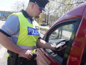 Policie chytila dalšího řidiče pod vlivem. Nadýchal více jak tři a půl promile