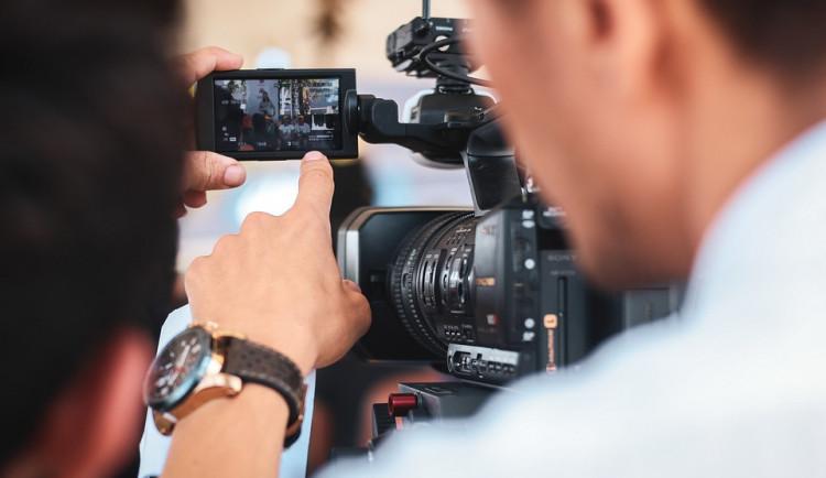 Zájemci o práci filmových kaskadérů se zdokonalují v Táboře