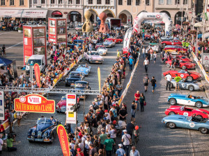 Desátý ročník veteránské rallye odstartuje v Českých Budějovicích
