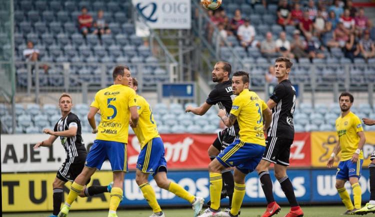 FOTO: Nekonečné čekání na domácí vítězství je u konce. Dynamo si poradilo se Zlínem